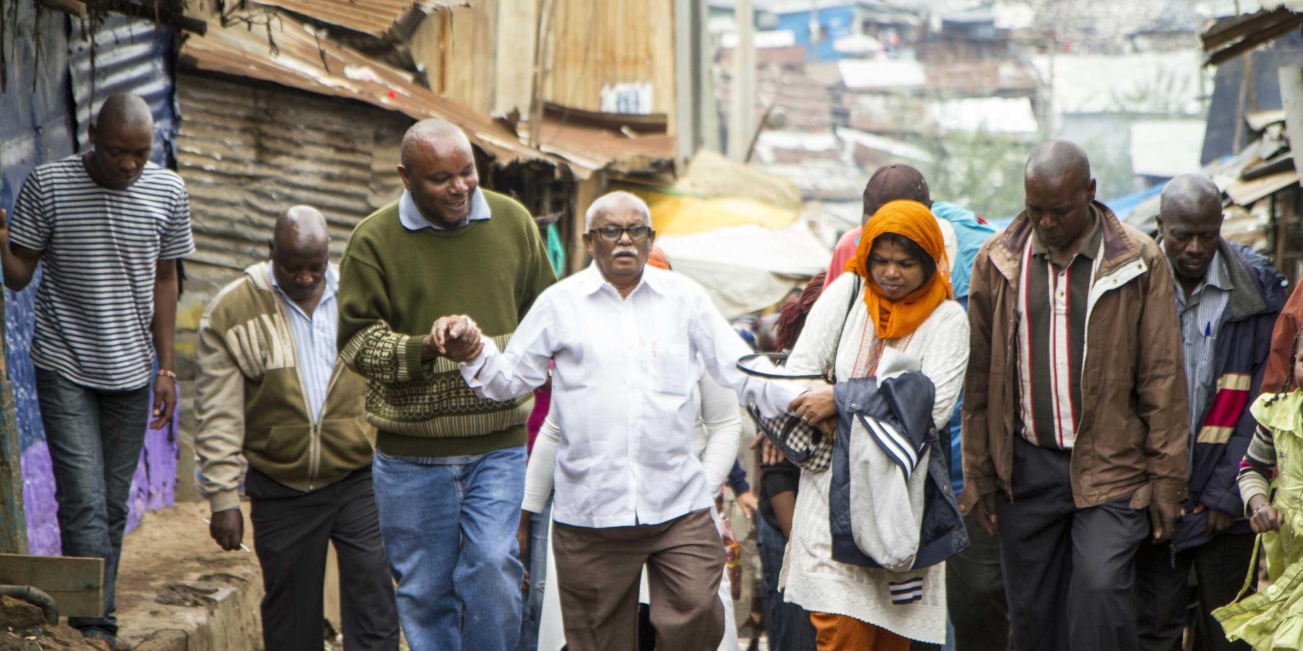 http://skollworldforumorg.c.presscdn.com/wp-content/uploads/2015/01/slum-dwellers-international-sl3.jpg